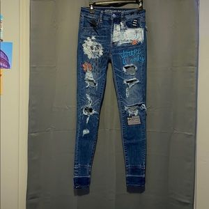 Size 2 American Eagle Ripped Jeans!